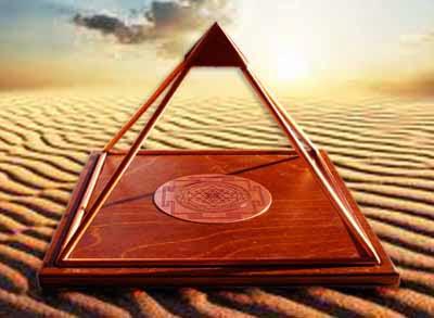 pyramid-down_01